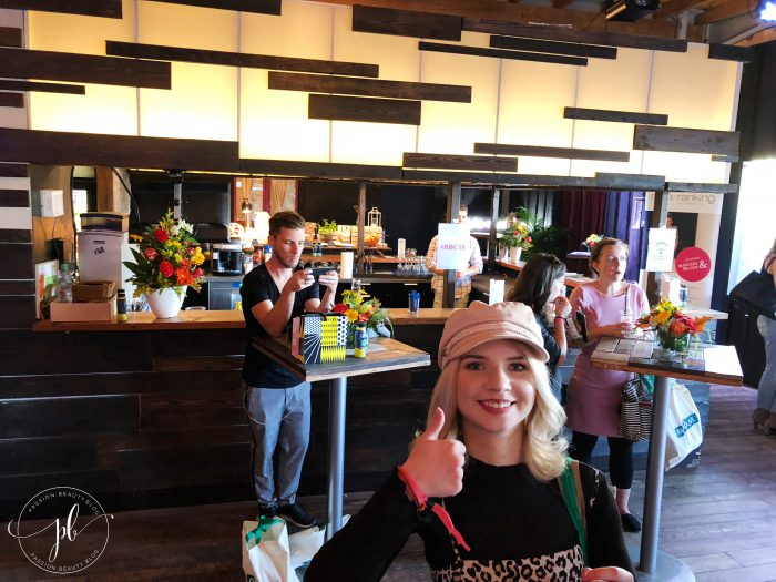 VI. BeautyBloggerCafe - Die Bar