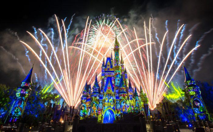 Happily Ever After - Die Abschlussshow im Magic Kindom mit Feuerwerk.